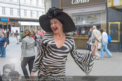 Pamela Anderson Shoppingtour - Innenstadt Wien - Do 18.06.2015 - Andrea BUDAY91