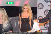 Pamela Anderson - Club Palffy - Fr 19.06.2015 - Pamela ANDERSON28