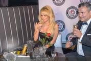 Pamela Anderson - Club Palffy - Fr 19.06.2015 - Pamela ANDERSON32