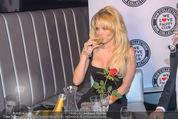 Pamela Anderson - Club Palffy - Fr 19.06.2015 - Pamela ANDERSON33