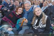 Don Camillo und Peppone - Stockerau - Mi 24.06.2015 - Nina BLUM mit Eltern Wolfgang und Krista SCH�SSEL36