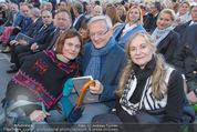 Don Camillo und Peppone - Stockerau - Mi 24.06.2015 - Nina BLUM mit Eltern Wolfgang und Krista SCH�SSEL37