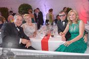 Fete Imperiale - Spanische Hofreitschule - Fr 26.06.2015 - Siegfried Sigi WOLF mit Ehefrau Andrea, Toni und Eva M�RWALD164