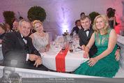 Fete Imperiale - Spanische Hofreitschule - Fr 26.06.2015 - Siegfried Sigi WOLF mit Ehefrau Andrea, Toni und Eva M�RWALD165