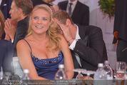 Fete Imperiale - Spanische Hofreitschule - Fr 26.06.2015 - Niko FECHTER (schwanger) mit Freund Philipp175
