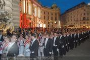 Fete Imperiale - Spanische Hofreitschule - Fr 26.06.2015 - Er�ffnung, Tanzpaare, Einzug, Formation, Hofburg, Michaelerplat98