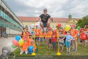 SuperFit Kindertag - Altes AKH - Mi 08.07.2015 - Thomas MORGENSTERN mit Kindern3