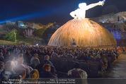 Tosca Premiere - Steinbruch St. Margarethen - Mi 08.07.2015 - Eindr�cke von vor Ort, Regenwetter, Regeschirme, G�ste, etc.123