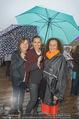 Tosca Premiere - Steinbruch St. Margarethen - Mi 08.07.2015 - Barbara KARLICH mit Mutter Katharina, Constanze BREITEBNER44
