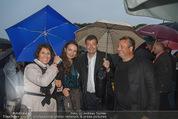 Tosca Premiere - Steinbruch St. Margarethen - Mi 08.07.2015 - Erich STEKOVICS mit Begleitung, Agnes und Stefan OTTRUBAY65