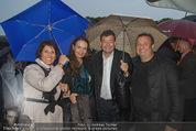 Tosca Premiere - Steinbruch St. Margarethen - Mi 08.07.2015 - Erich STEKOVICS mit Begleitung, Agnes und Stefan OTTRUBAY66