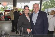 Eine Nacht in Venedig Premiere - Seebühne Mörbisch - Do 09.07.2015 - Rudolf HUNDSTORFER mit Ehefrau Karin21