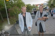 Eine Nacht in Venedig Premiere - Seebühne Mörbisch - Do 09.07.2015 - Stefan KOUBEK mit Freundin Katja32
