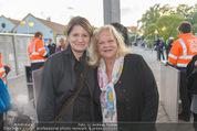 Eine Nacht in Venedig Premiere - Seebühne Mörbisch - Do 09.07.2015 - Sigrid HAUSER, Marianne MENDT67