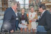 Eine Nacht in Venedig Premiere - Seebühne Mörbisch - Do 09.07.2015 - Norbert DARABOS, Edi FINGER, Erika SUESS mit Tochter Katarina87