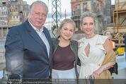 Eine Nacht in Venedig Premiere - Seebühne Mörbisch - Do 09.07.2015 - Edi FINGER, Erika SUESS mit Tochter Katarina89