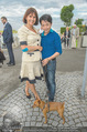 Gourmet Schifffahrt - MS Kaiserin Elisabeth - Di 14.07.2015 - Marion FINGER, Nhut LA HONG mit Hund Nes41