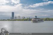 Gourmet Schifffahrt - MS Kaiserin Elisabeth - Di 14.07.2015 - Donau Skyline Vienna DC Tower UNO City Donauturm Schiffe59