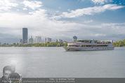 Gourmet Schifffahrt - MS Kaiserin Elisabeth - Di 14.07.2015 - Donau Skyline Vienna DC Tower UNO City Donauturm Schiffe62