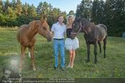 Yvonne Rueff Polterer und Grillfest - Hanner - Mi 15.07.2015 - Yvonne RUEFF mit Robert, Pferde41