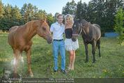 Yvonne Rueff Polterer und Grillfest - Hanner - Mi 15.07.2015 - Yvonne RUEFF mit Robert, Pferde42