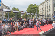 Mission:Impossible Weltpremiere - Wiener Staatsoper - Do 23.07.2015 - Fanzone am Ring vor der Oper18