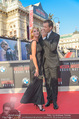 Mission:Impossible Weltpremiere - Wiener Staatsoper - Do 23.07.2015 - Armin ASSINGER mit Freundin Sandra SCHRANZ199