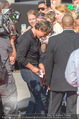 Mission:Impossible Weltpremiere - Wiener Staatsoper - Do 23.07.2015 - Tom CRUISE gibt Autogramme, Selfies87