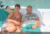 Beachvolleyball FR - Klagenfurt - Fr 31.07.2015 - Thomas MUSTER mit Ehefrau Caroline OFNER12