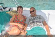Beachvolleyball FR - Klagenfurt - Fr 31.07.2015 - Thomas MUSTER mit Ehefrau Caroline OFNER2