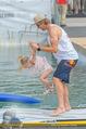 Beachvolleyball SA - Klagenfurt - Sa 01.08.2015 - Benjamin KARL mit Tochter Benina128