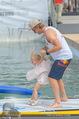 Beachvolleyball SA - Klagenfurt - Sa 01.08.2015 - Benjamin KARL mit Tochter Benina129