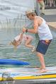 Beachvolleyball SA - Klagenfurt - Sa 01.08.2015 - Benjamin KARL mit Tochter Benina133