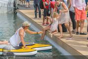 Beachvolleyball SA - Klagenfurt - Sa 01.08.2015 - Benjamin KARL mit Tochter Benina147