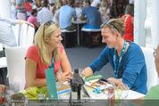Beachvolleyball SA - Klagenfurt - Sa 01.08.2015 - Gregor SCHLIERENZAUER mit Freundin Sandra90