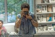 Lenny Kravitz - Flash - Galerie Ostlicht - Mo 10.08.2015 - Lenny KRAVITZ fotografiert mit Leica Kamera49