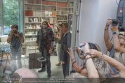 Lenny Kravitz - Flash - Galerie Ostlicht - Mo 10.08.2015 - Lenny KRAVITZ fotografiert mit Leica Kamera52
