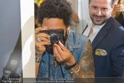 Lenny Kravitz - Flash - Galerie Ostlicht - Mo 10.08.2015 - Lenny KRAVITZ fotografiert mit Leica Kamera60
