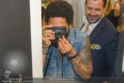 Lenny Kravitz - Flash - Galerie Ostlicht - Mo 10.08.2015 - Lenny KRAVITZ fotografiert mit Leica Kamera61