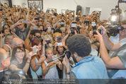 Lenny Kravitz - Flash - Galerie Ostlicht - Mo 10.08.2015 - Lenny KRAVITZ fotografiert mit Leica Kamera64