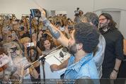 Lenny Kravitz - Flash - Galerie Ostlicht - Mo 10.08.2015 - Lenny KRAVITZ fotografiert mit Leica Kamera65