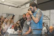 Lenny Kravitz - Flash - Galerie Ostlicht - Mo 10.08.2015 - Lenny KRAVITZ fotografiert mit Leica Kamera68