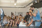 Lenny Kravitz - Flash - Galerie Ostlicht - Mo 10.08.2015 - Lenny KRAVITZ fotografiert mit Leica Kamera71