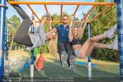 Promi Fitness mit Wendy Night - Donaupark - Di 18.08.2015 - Yvonne RUEFF, Thomas GLOCK, Wendy NIGHT (Michaela WOLF)22