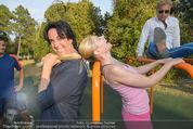 Promi Fitness mit Wendy Night - Donaupark - Di 18.08.2015 - Christina NOELLE, Josef WINKLER51