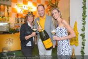 Veuve Clicquot Rich Präsentation - PopUp Store - Mi 19.08.2015 - Carla BAUMER, Gabriela BENZ, Anton BIRNBAUM30