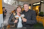 Veuve Clicquot Rich Präsentation - PopUp Store - Mi 19.08.2015 - Dieter CHMELAR mit Ehefrau57
