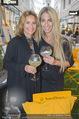 Veuve Clicquot Rich Präsentation - PopUp Store - Mi 19.08.2015 - Gitta SAXX, Yvonne RUEFF91
