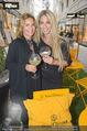 Veuve Clicquot Rich Präsentation - PopUp Store - Mi 19.08.2015 - Gitta SAXX, Yvonne RUEFF92