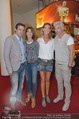 Kinopremiere Hitman - Lugner KinoCity - Mi 26.08.2015 - Kathi STUMPF mit Freund Alex BEZA, Gabi STUMPF mit Freund Rudi13